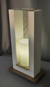 Lampe U dans luminaire d'art u-or_-174x300